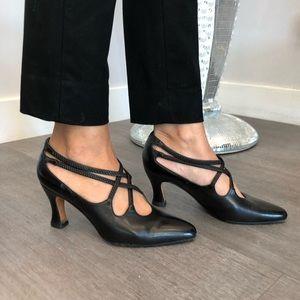 Evan Picone heels